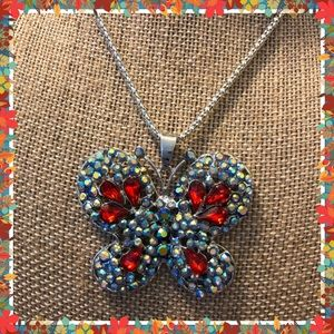 Jewelry - Butterfly Necklace 🦋🦋🦋